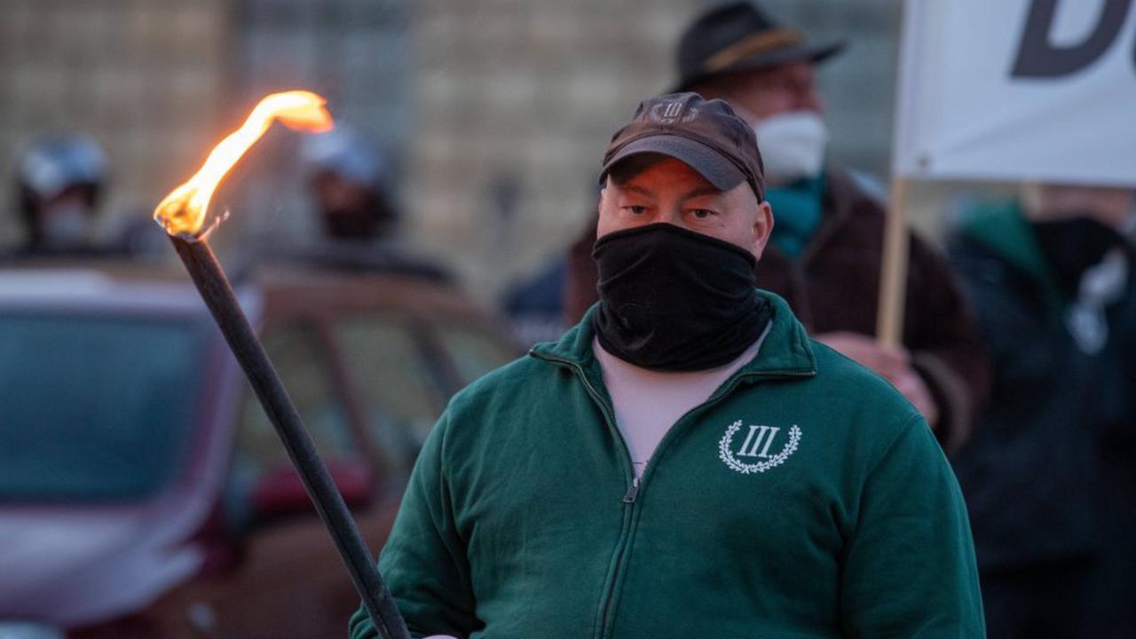 """Partei """"III. Weg"""" radikalisiert sich mit Kampfsport - Regierung warnt"""