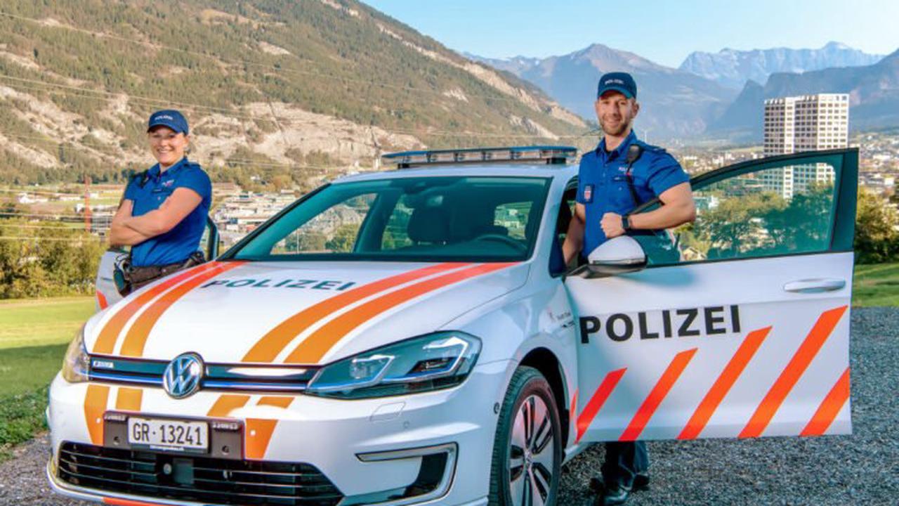 Stadtpolizei Chur ermittelt flüchtiges Unfallfahrzeug