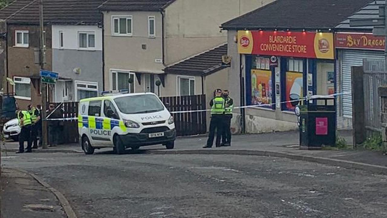 Man rushed to hospital following assault in Drumchapel as cops lockdown the area