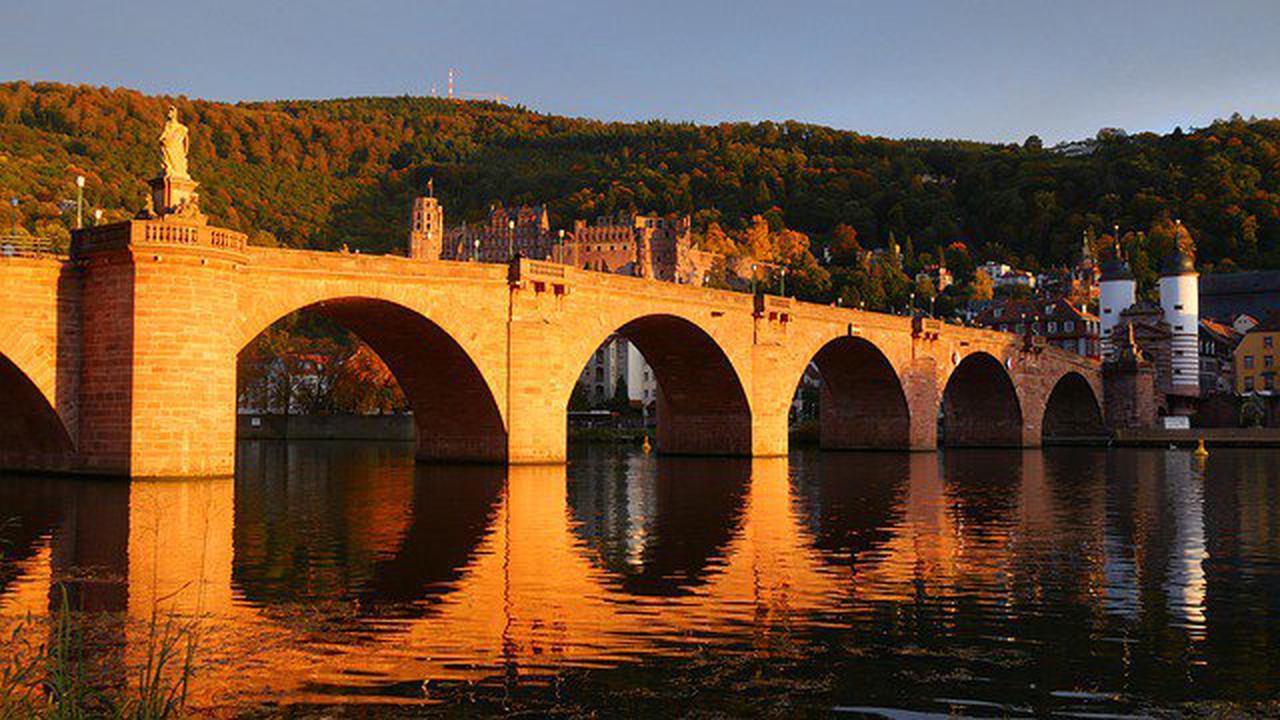 Heidelberg – Alte Brücke: Pfeiler-Sanierung schreitet voran