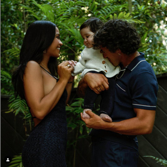 Beautiful family photos of Cassie, her husband, and their daughter