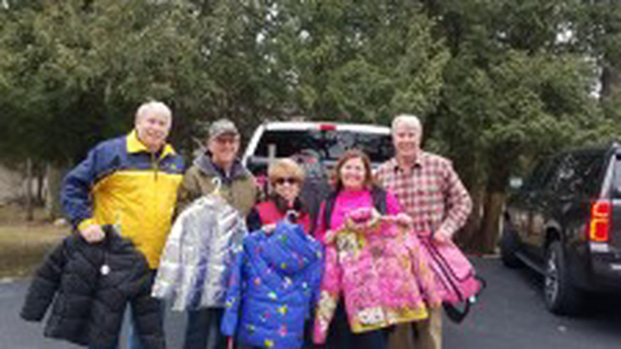 Bellaire Groups Help Keep Students Warm with Winter Gear Drive