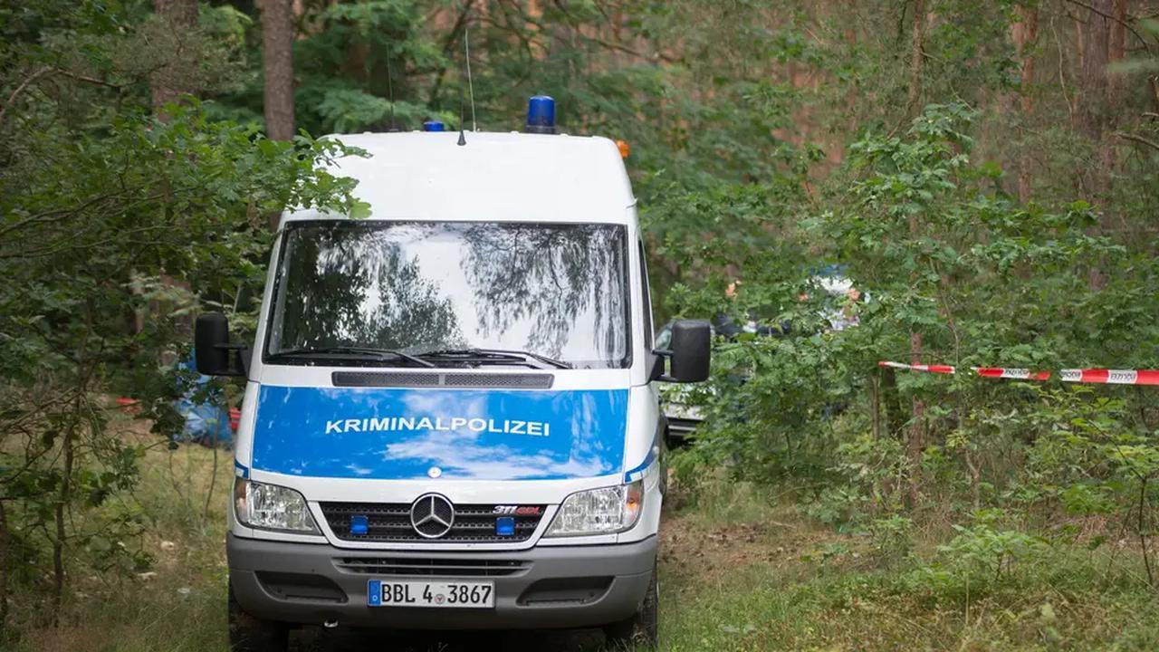 Tote im Nazi-Bunker in Brandenburg: Polizei nimmt Tatverdächtigen fest