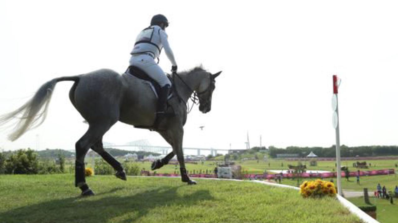 Great Britain take leads into final day of team and individual eventing