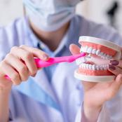 7 Mistakes You Make When Brushing Your Teeth