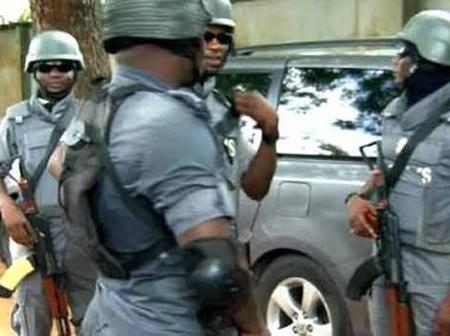 BREAKING NEWS: Hoodlums attack customs patrol vehicle in Jigawa, one dead and others injured