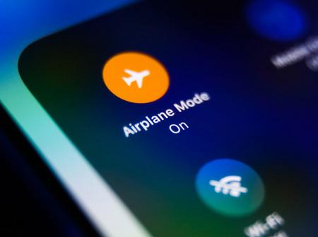 Here's Why Phones Are Switched to Airplane Mode During a Flight