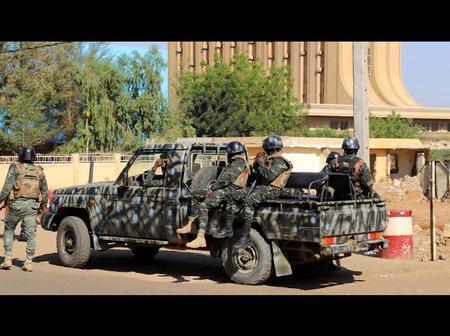 Niger/ À peine élu Mohamed Bazoum victime d'un coup d'État manqué, voici les détails
