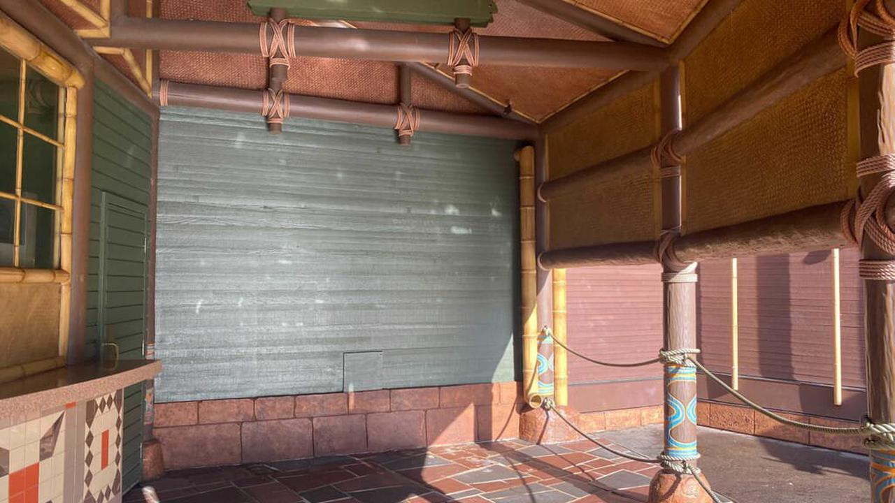 PHOTOS: Sorcerers of the Magic Kingdom Portal Completely Removed From Aloha Isle
