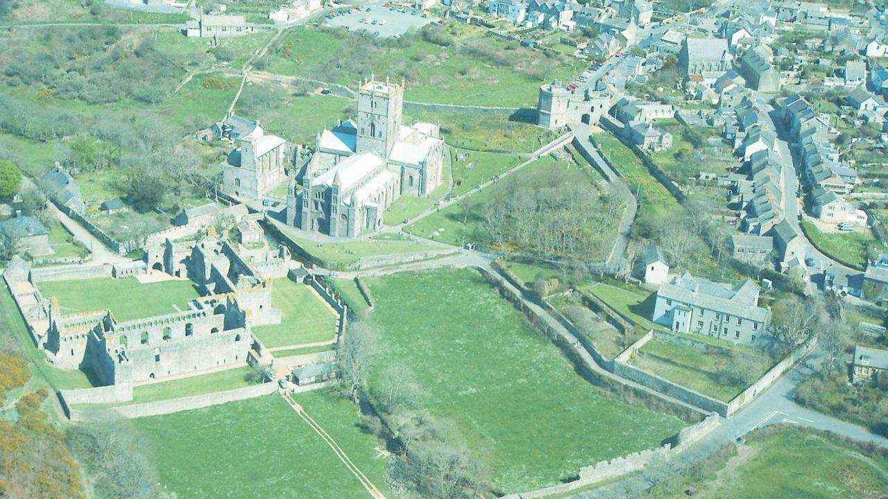 Luxurious Magazine visits Pembrokeshire as part of travel blog
