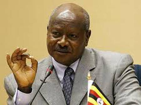 Angry Kenyans Tell President Museveni He Will Fall Like Other African Dictators