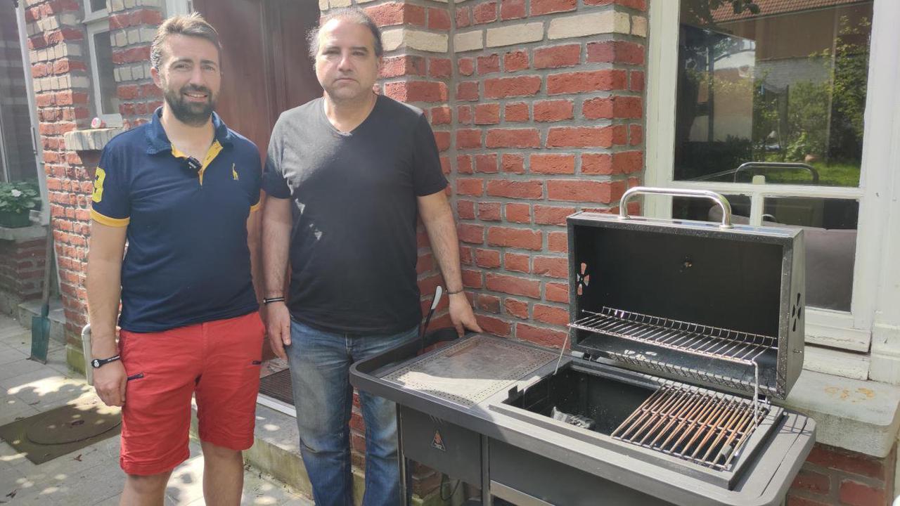 Croix: Comment deux amis ont inventé un barbecue connecté et rapide à utiliser