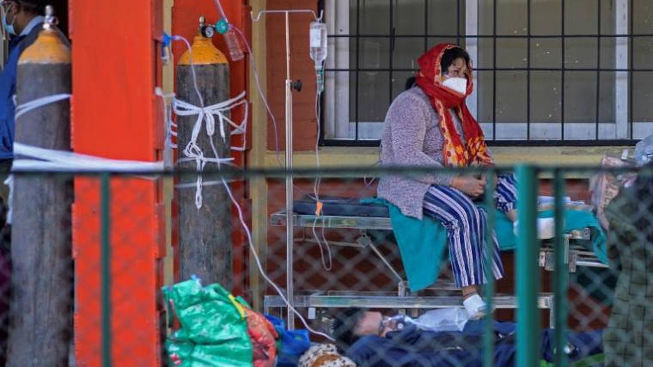 """Covid-19: le Népal, en """"situation de crise"""", flanche"""