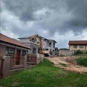 A double story house was demolished after the lady broke up with her partner!