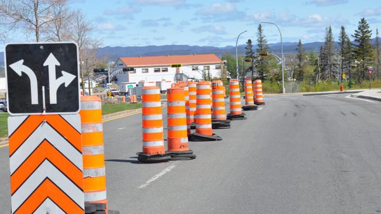 Les travaux sur le pont de la rivière du Poste sur le boulevard Laure se prolongent d'un mois