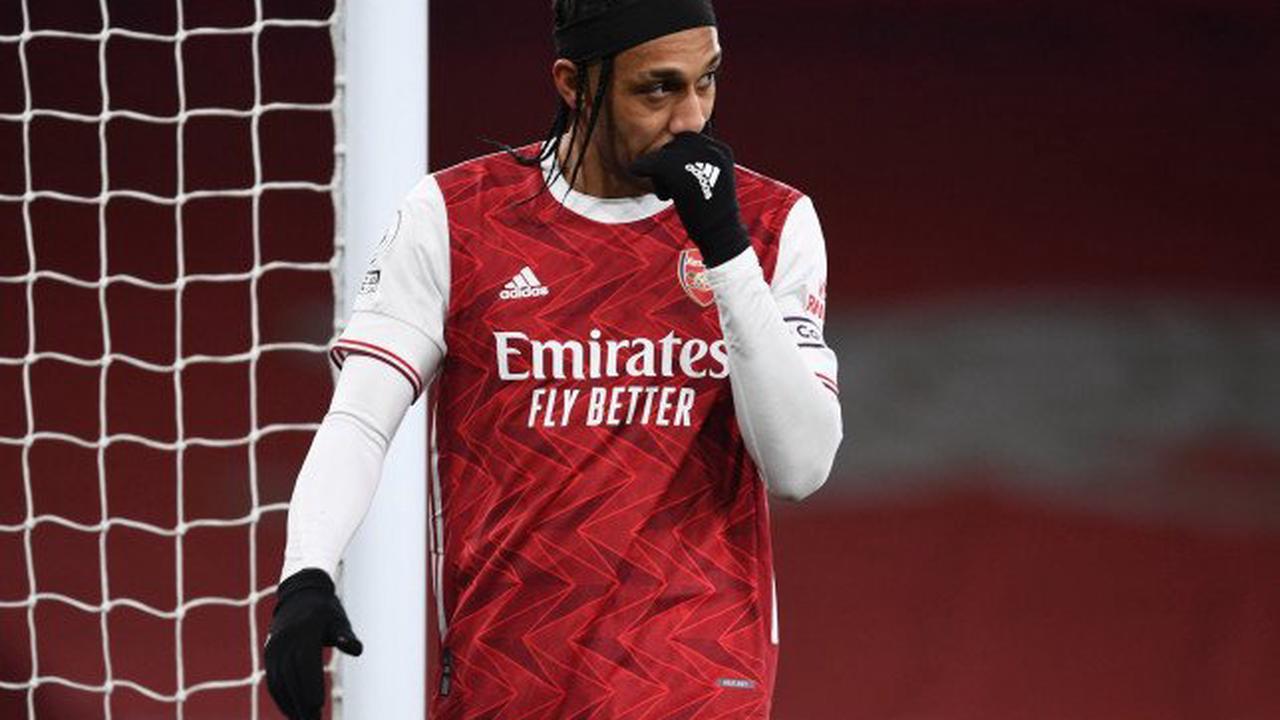 Paul Merson slams 'lazy' Arsenal for giving Pierre-Emerick Aubameyang new deal