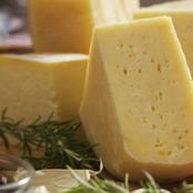 خلال دقائق… يمكنك تحضير الجبنة الرومى في المنزل بمكونات سهلة وبسيطة