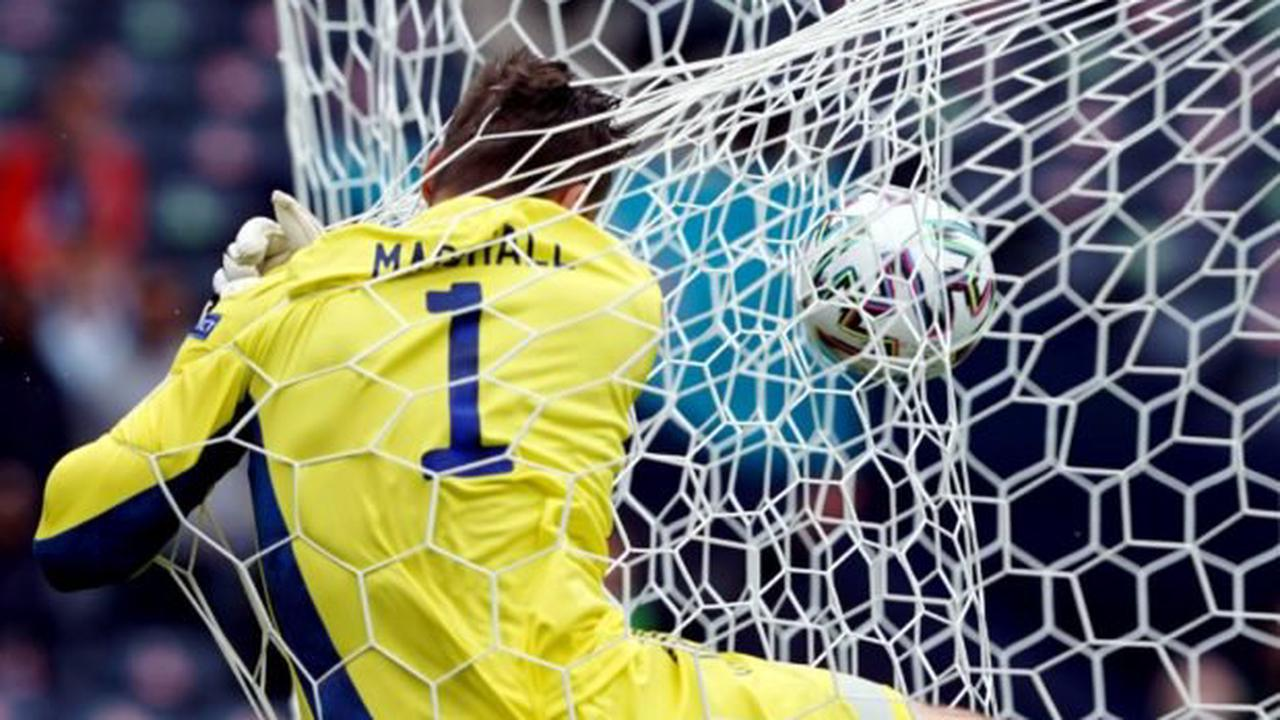 Scotland analysis: From Steve Clarke's team selection to David Marshall's dodgy compass, Scots get the big decisions wrong in Euro 2020 opener