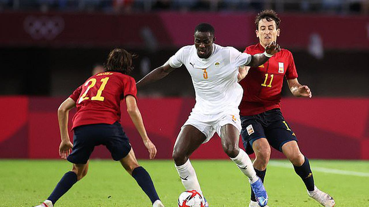 Look away now Man United fans! Eric Bailly goes from hero to zero as he gifts Spain an equaliser just SECONDS before the whistle AND then handballs in the box in extra-time after scoring the opener in Ivory Coast's 5-2 Olympic quarter-final defeat