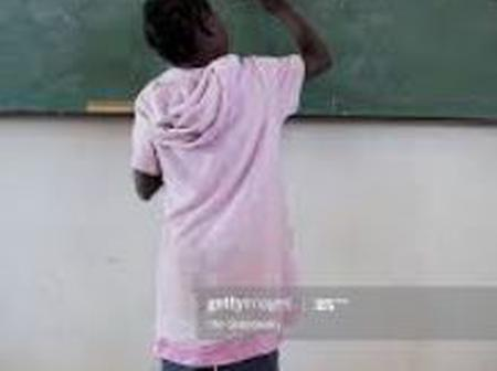 Opinion: Pupils Pay School Fees To Teach Teachers IsiNdebele In Midlands Zimbabwe.