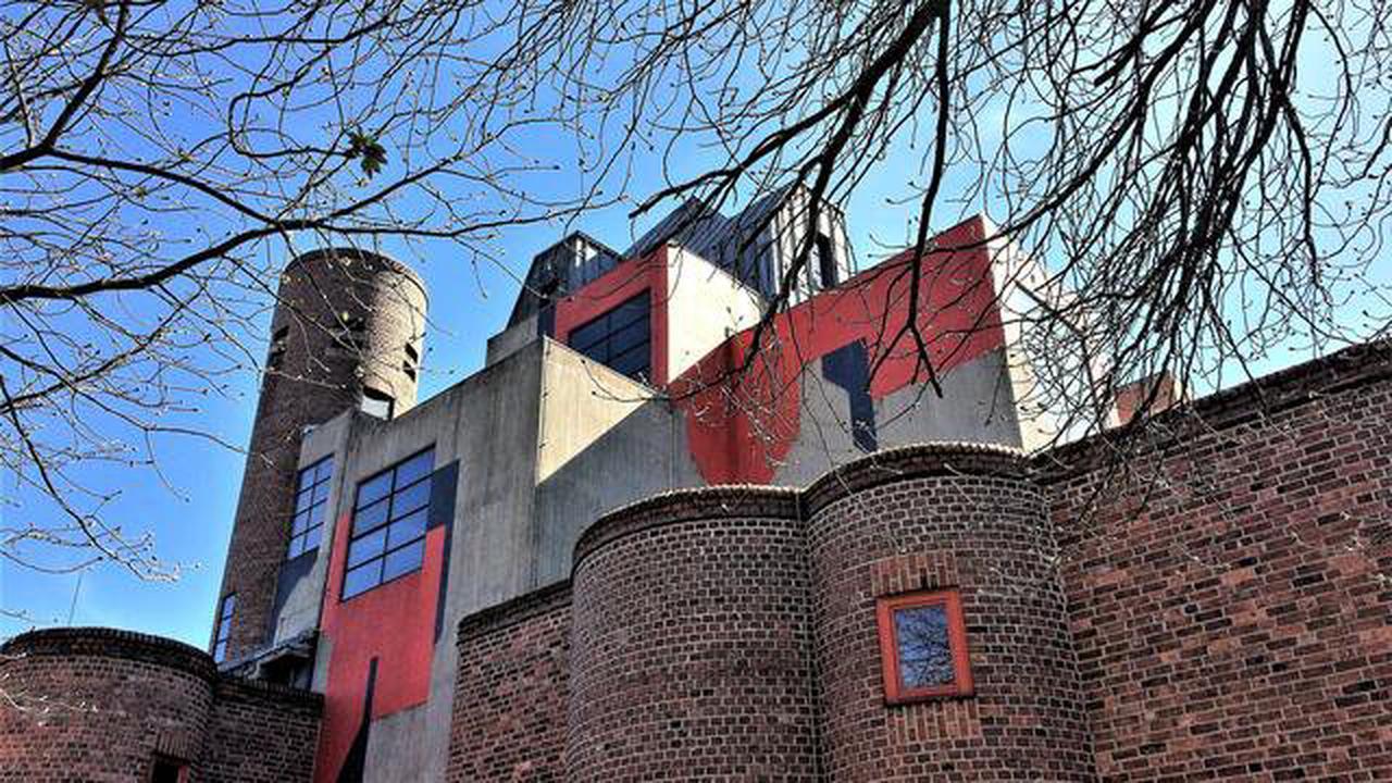 Ein außergewöhnlicher Architekt und eine außergewöhnliche Kirche: Erinnerung an Gottfried Böhm: St. Matthäus in Düsseldorf-Garath
