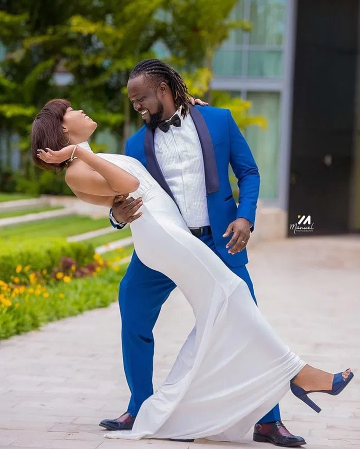 72811be7e9ea48e0bcf5a2c447011a65?quality=uhq&resize=720 - Painful Lost: Traditional And White Wedding Photos Of Eddie Nartey And His Wife, Vida Who Just Died