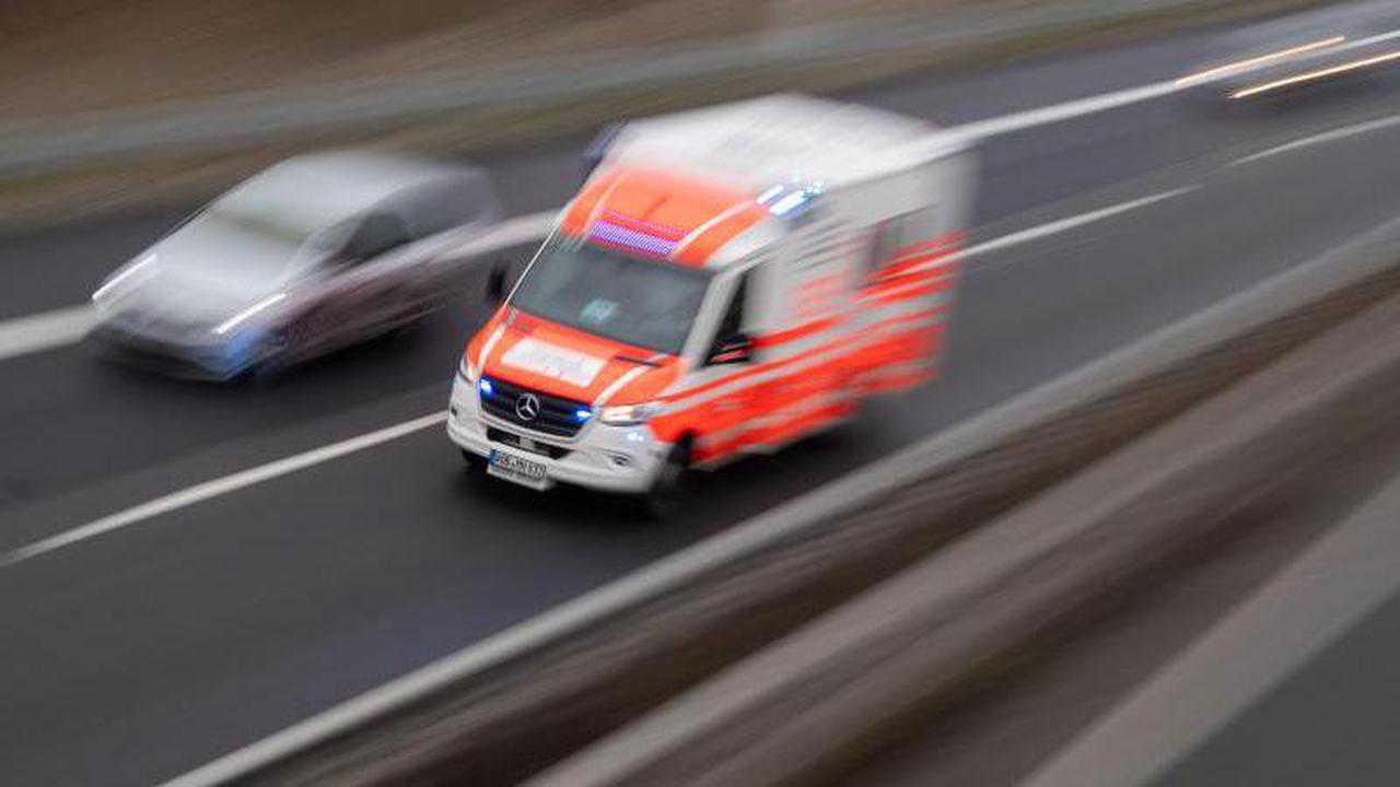 Verkehr: 84-Jährige in Radeberg von Lastwagen erfasst