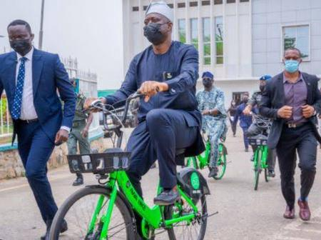 Pictures: Read Reason Why Governor Seyi Makinde Was Seen Riding Bicycle In Oyo State Secretariat.