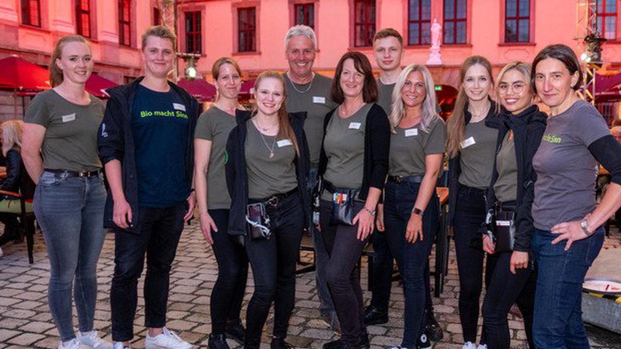 """Bankett sinnreich begeistert im Schlosshof: """"Genuss mit nach Hause nehmen"""""""