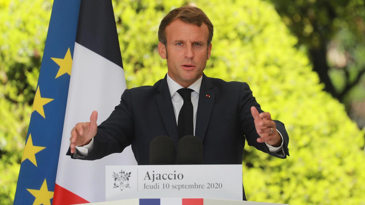 """Covid-19: Macron promet des décisions vendredi """"pour donner de la visibilité"""""""