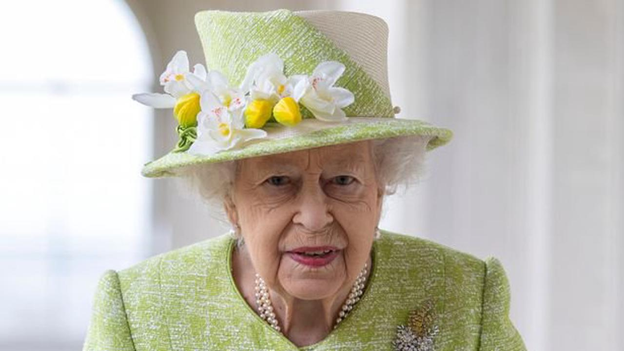 Police warn about law linked to Queen 'only sickos' would break