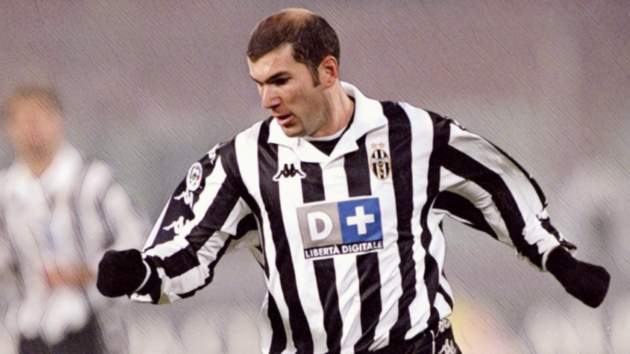Zinedine Zidane's superb solo goal for Juve in 2000