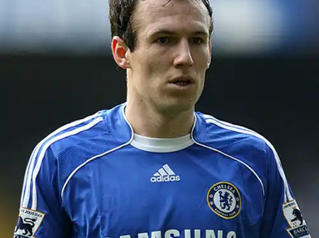 See 5 world class football players who were once in Chelsea.