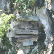 À Odiénné, deux individus cassent une tombe, volent le linceul d'un cadavre pour faire des gris-gris