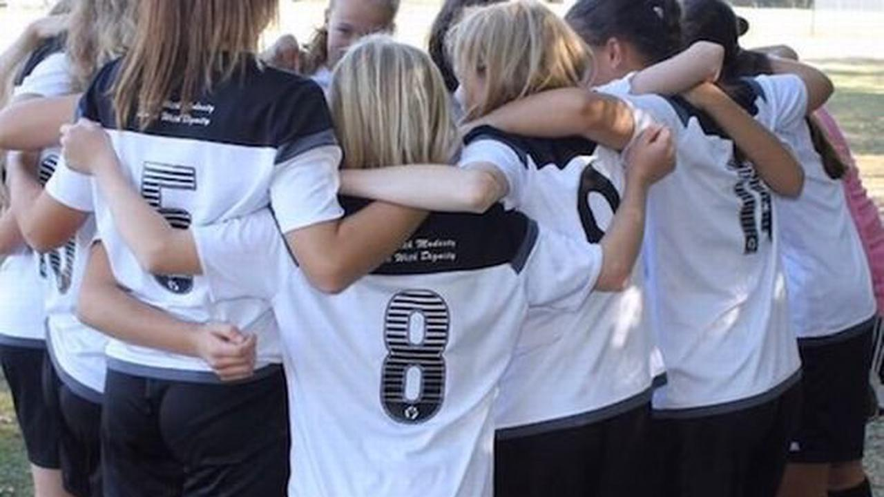 Italy and England fans gear up for big match