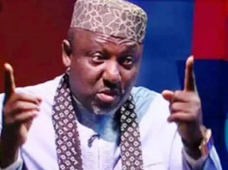 Check Out How An Igbo King And Senator Rochas Okorocha Clashed Inside An Aeroplane