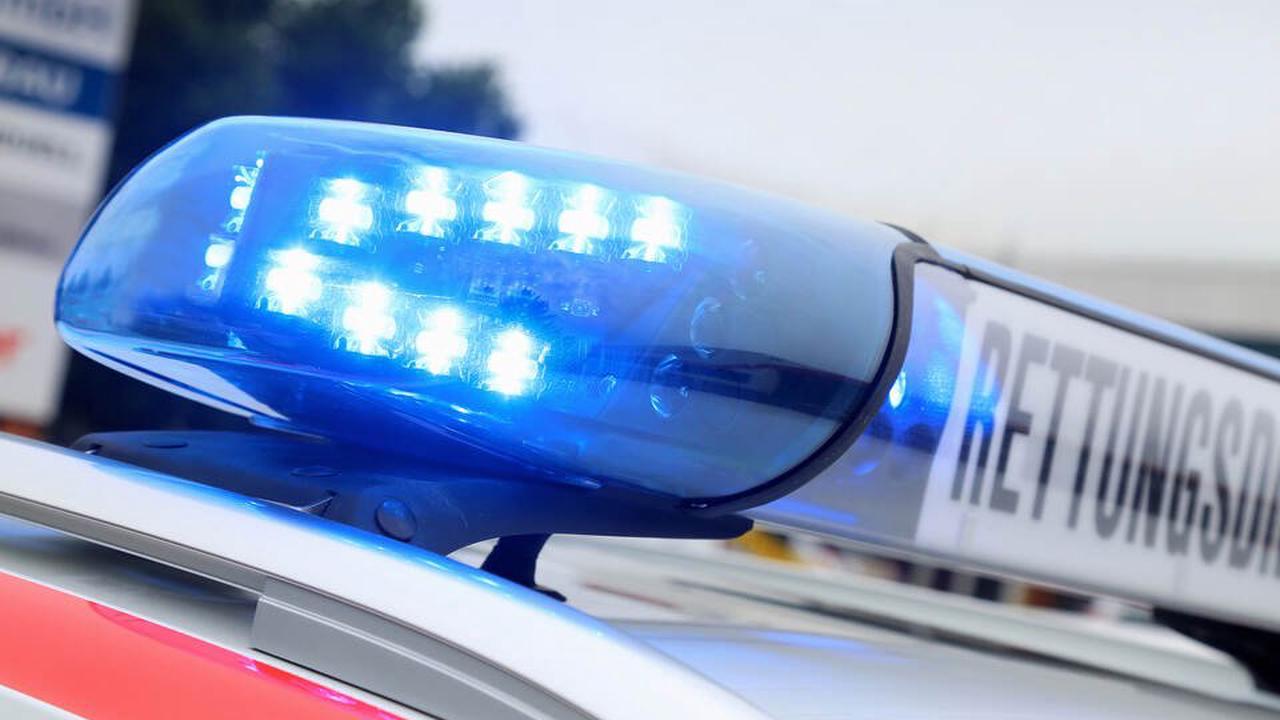 Jugendliche in Vaihingen an der Enz von Auto erfasst