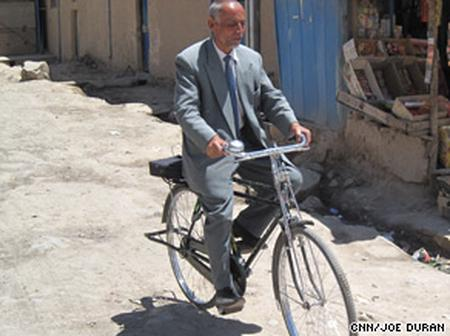 Meet The First President To Campaign Using Bicycle