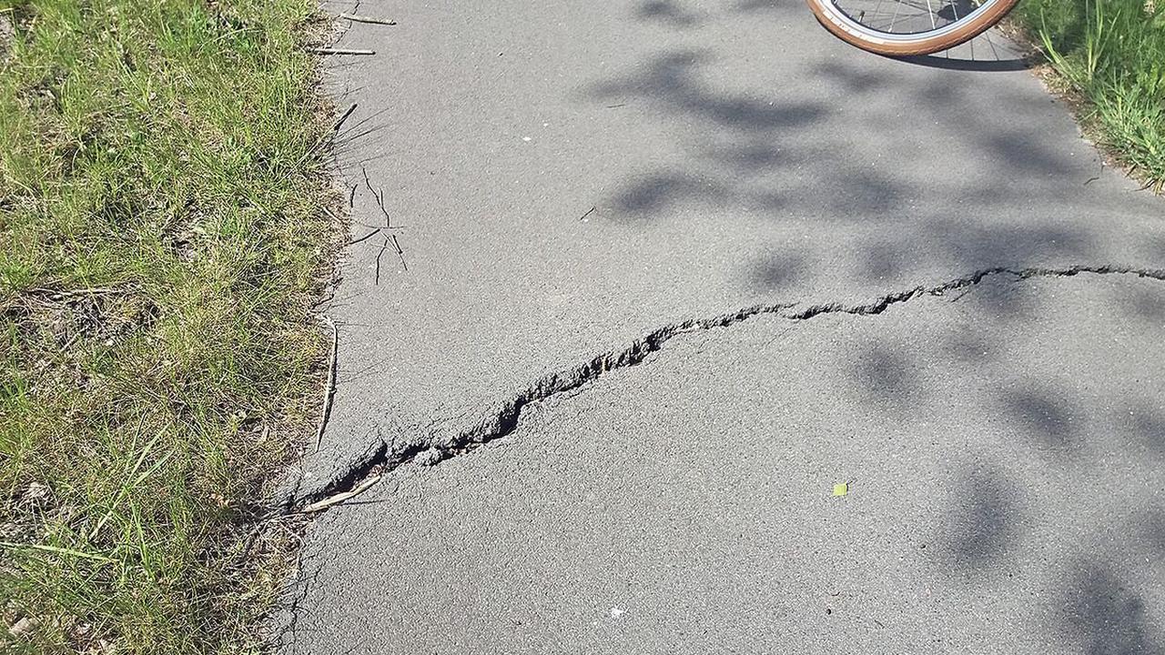 Strecke zwischen Hollenstedt und Tostedt: Radwege punktuell instand setzen und ab 2022 sanieren - Tostedt