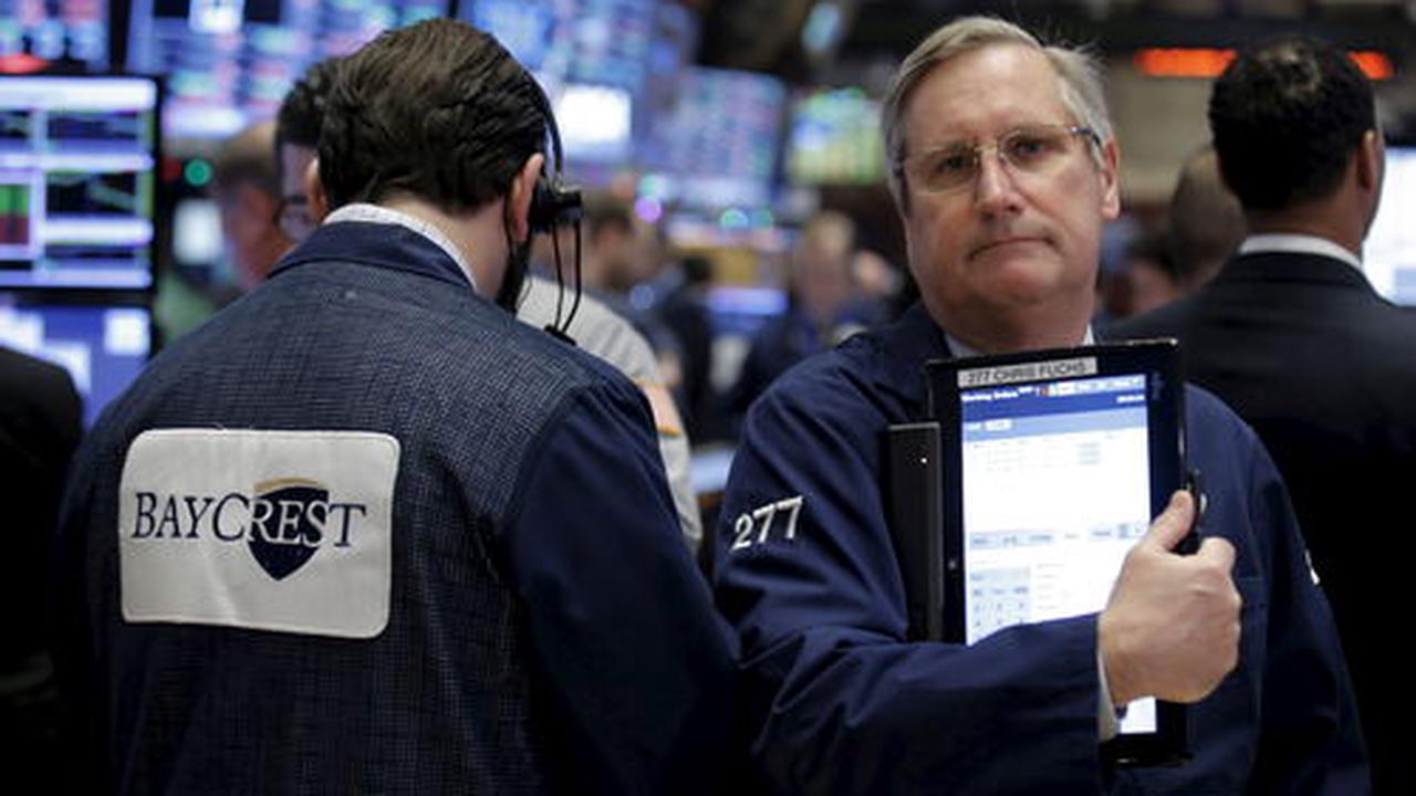 """Wall Street en ordre dispersé, freinée par les rendements et les """"techs"""""""