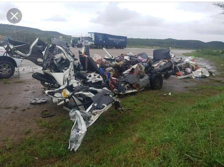 Another tragic crash in KZN today, this is what happened