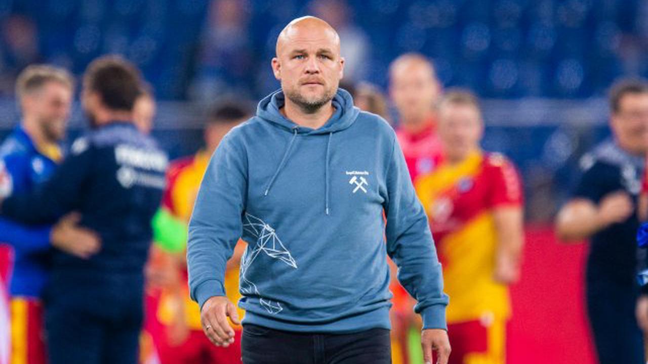 """FC Schalke 04: Heftige Vorwürfe gegen Schröder – """"Karriere in akute Gefahr gebracht"""""""