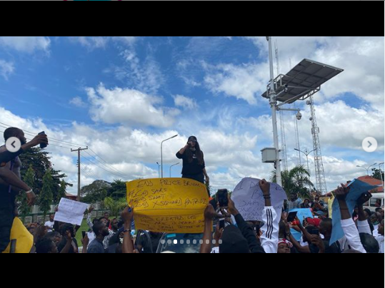 Actress,Angela Okorie leads #Endpolicebrutality protest in Ebonyi (Photos)