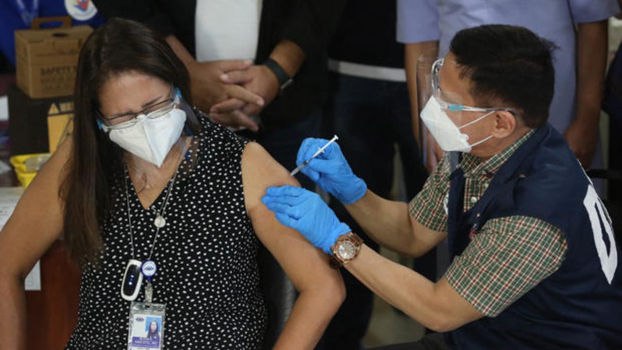 'Quite satisfactory' 1st day of PH vaccine rollout inoculates 756