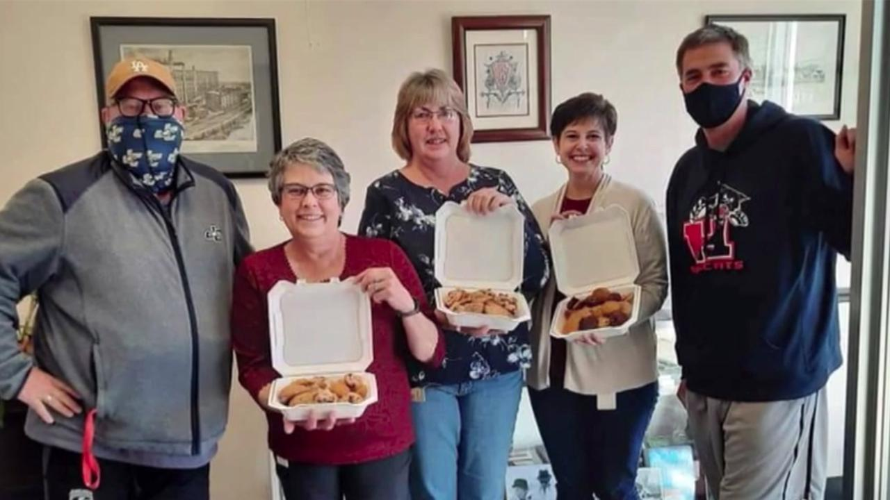 A bake-off between two competitive dads spurs 'Cookies for Caregivers' movement