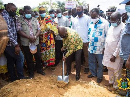 Nana Addo Responded to Mahama's 'Sakawa Sod Cutting' Comment in a Dramatic and Jabby Way.