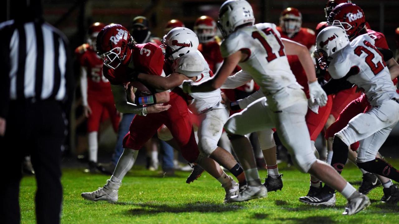 Seniors lift Castle Rock to 48-0 win over Columbia-White Salmon