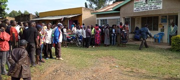 Drama as Pastor Found 'making love' with another man's wife escapes nearly naked in Kakamega