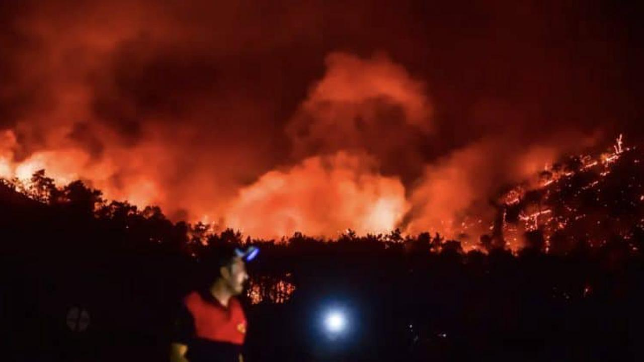 Hundreds evacuated as a wildfire reaches Turkey's thermal power plant