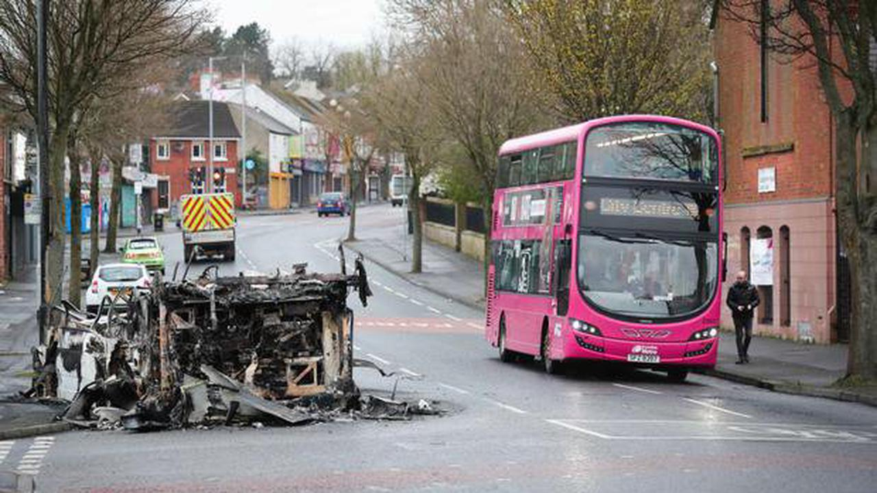 Infrastructure Minister meets with Translink after Belfast bus drivers stage protest over petrol-bombing of Metro in Shankill disorder